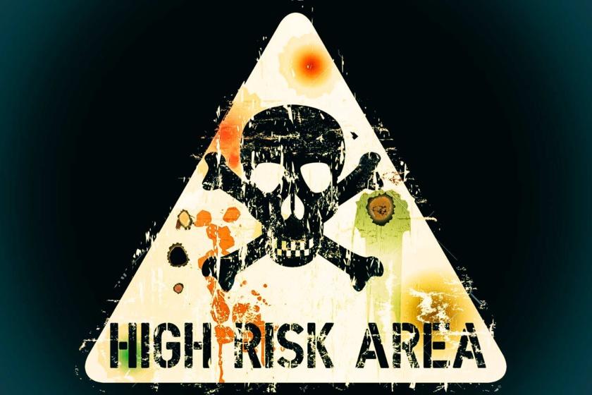 Zone à risque, tenir ses distances, se déplacer en triangle