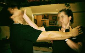 Auto-défense féminine, parer et répliquer